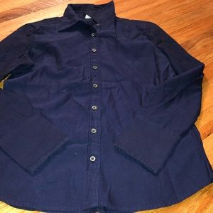Ladies fitted button down shirt